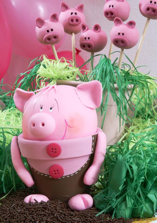 Diy garden decor idea cute piggy made of flower pot and for Art and craft pot decoration