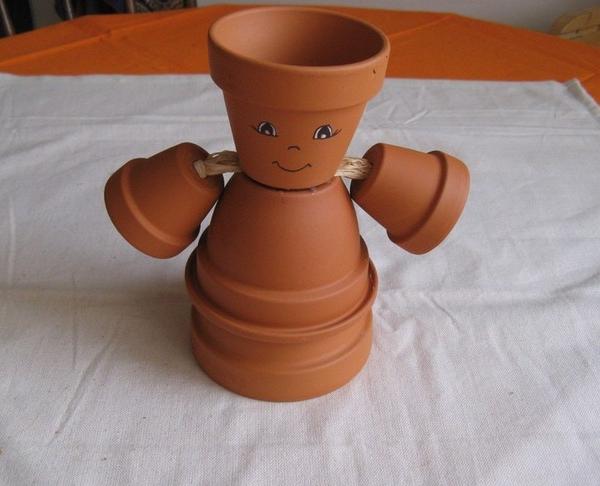 DIY garden ideas clay flower pots structure