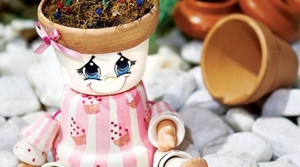 DIY garden decoration ideas – Cute dolls made of clay flower pots