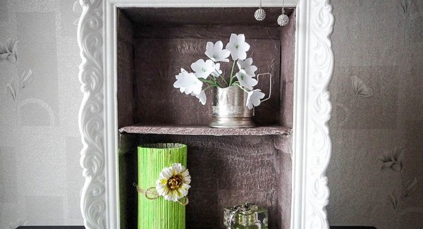 Cheap DIY home decor idea - Cardboard wall shelf with ornamented frame