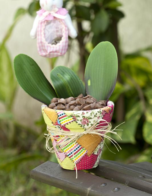 decoupage fabric scraps garden decor flower pot