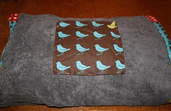 diy beach blanket pocket colourful idea