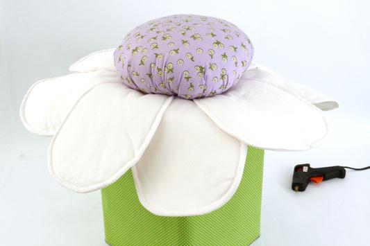 diy garden stool flower petals lilac core polyfill