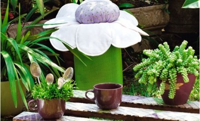 diy-garden-stool-tin-paint-can-gallon-cute-flower-seat-cushion