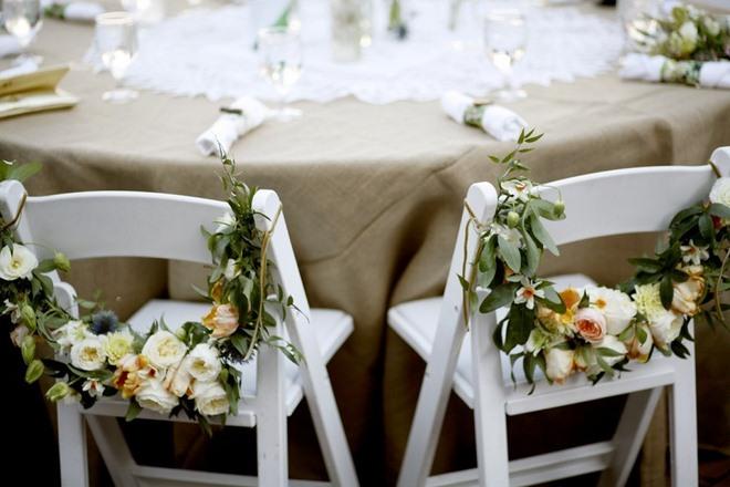 garden-decorating-ideas-diy-chair-garlands-flowers