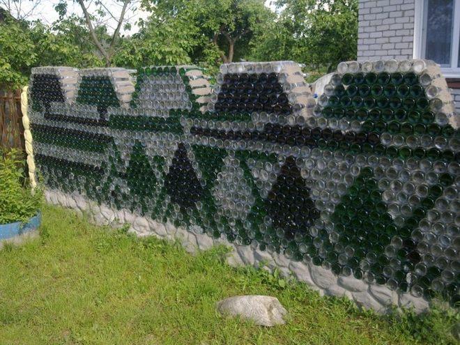 Diy Wall Garden Ideas : Garden decorating ideas diy wall glass bottles