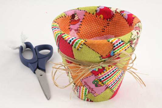 how decoupage flower clay pot fabric scraps