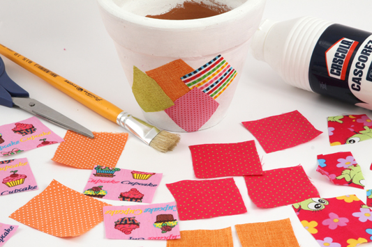 how to decoupage with fabric flower pot scraps
