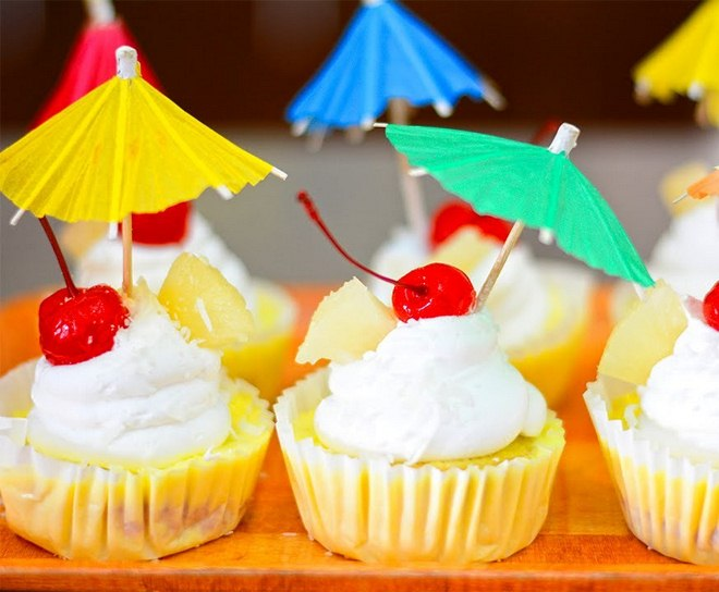 Summer garden party rum-banana-cupcakes-cherries-paper-umbrellas