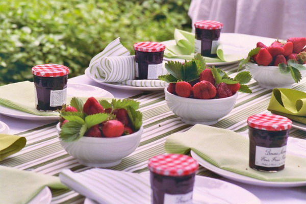 summer garden party strawbery theme small jars dishes