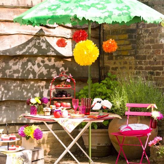 Summer garden party sun-umbrella-tissue-paper-balls-decoration