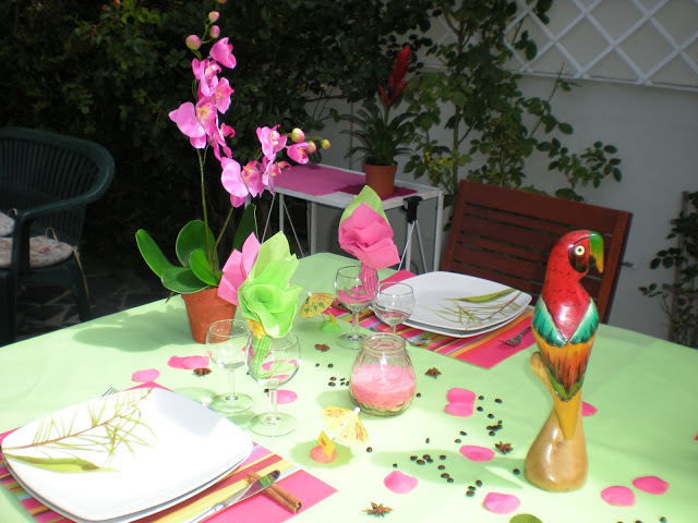 summer-garden-party-table-orchid-pot-rose-petals-beans-star-anise