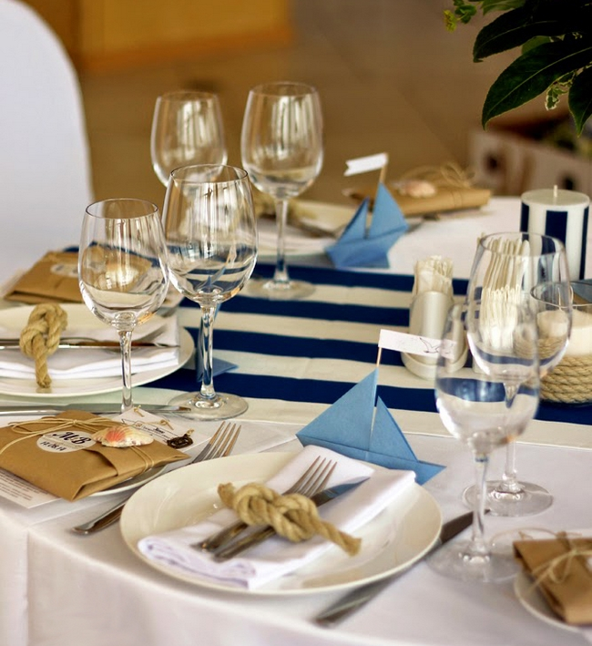table-setting-beach-themed-party-paper-sailboat