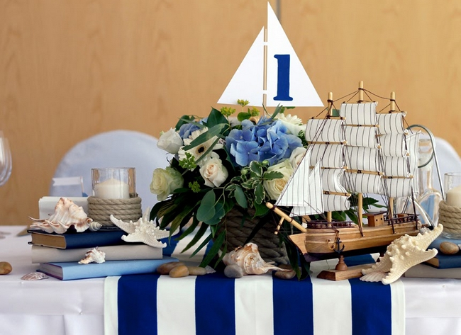 table-setting-beach-themed-party-sea-shels-ship-blue-white