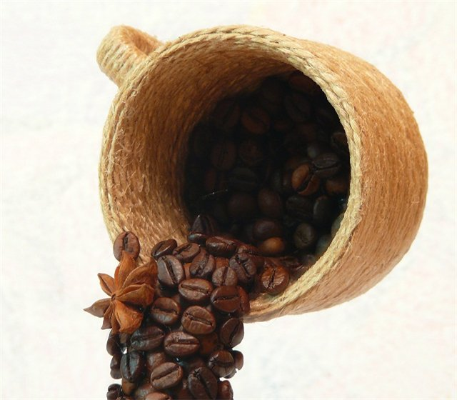 DIY home decor gift idea jute coffee beans flying cup