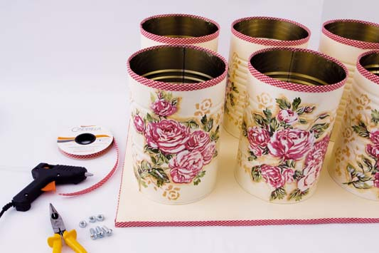 diy bathroom project towel storage ideas tin cans roses decoupage fabric