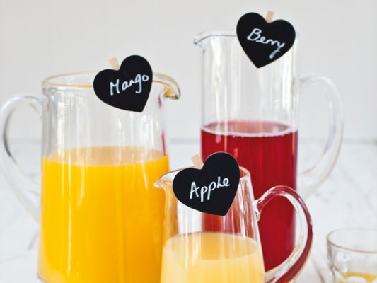 crafts with clothespins party table beverages tags