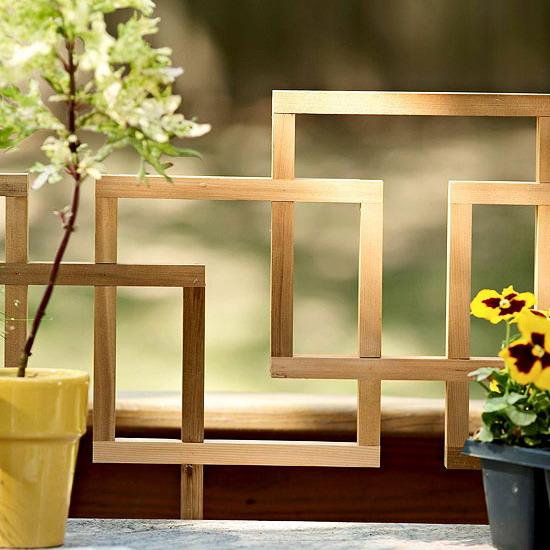 Deck Decor Ideas Side Table Lattice Grid Prevent Falling