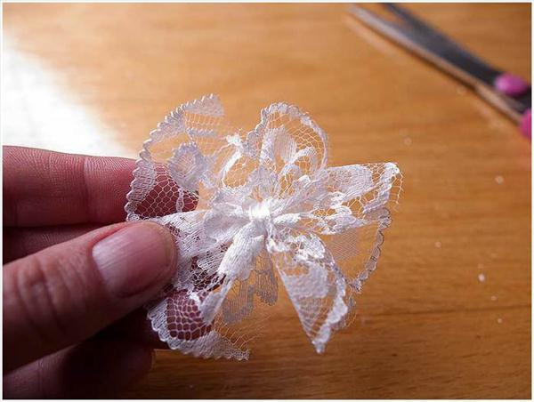 diy birthday gift idea coffee beans mug lace flower