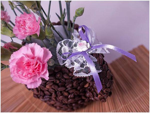 diy birthday gift idea vase coffee mug beans ribbon