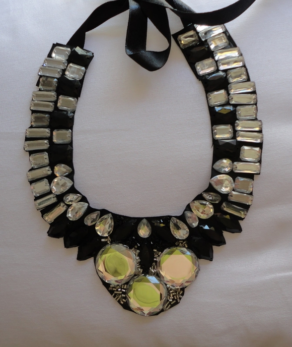 diy rhinestone collar necklace gems craft ribbon