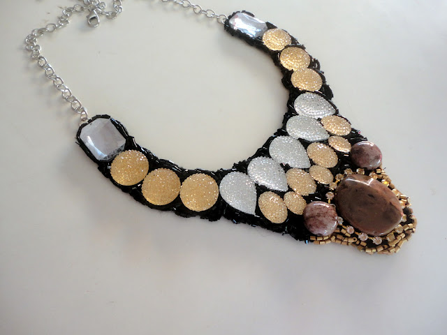 collar necklace crafts stones beads pattern idea