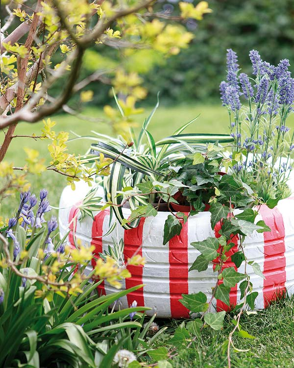 Diy garden decorations colourful ideas with flowers and for Flower garden decorations