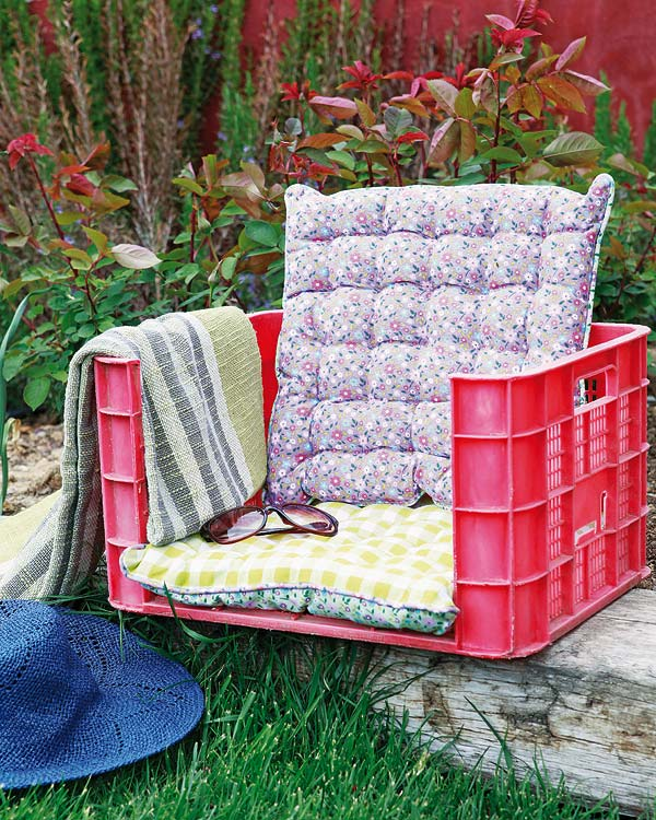 diy garden furniture fruit plastic crate cushion