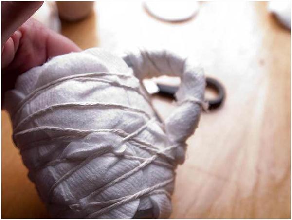 diy gift idea coffee mug wrap cotton facial pads
