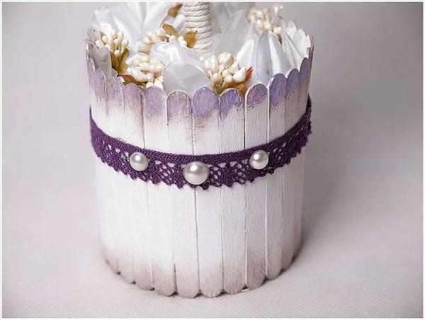diy  gift idea topiary ice cream wood sticks lace pearls
