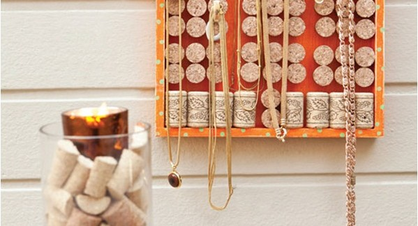 DIY jewelry organizer – 3 ideas for hanging and display your jewelry