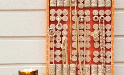 diy-jewelry-organizer-ideas-necklaces-wall-wine-corks