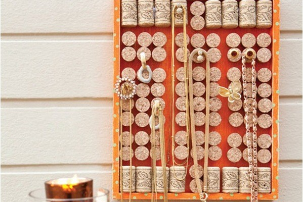 DIY jewelry organizer 3 ideas for hanging and display your jewelry