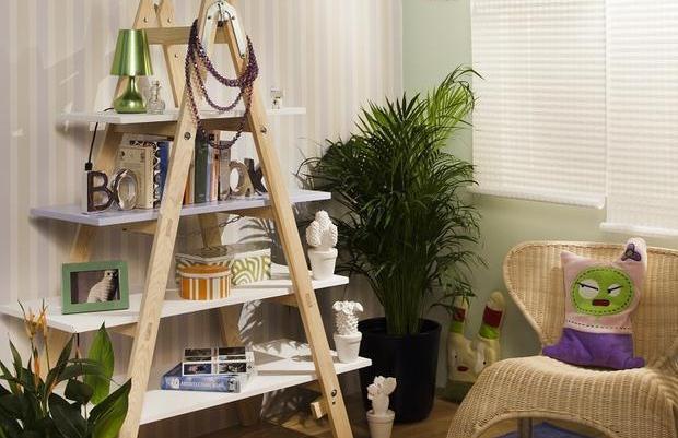 Bathroom ceiling color - Diy Ladder Shelf Ideas Easy Ways To Reuse An Old Ladder