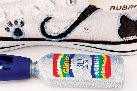 diy  shoes ideas canvas sneakers 3d glitter paint silver