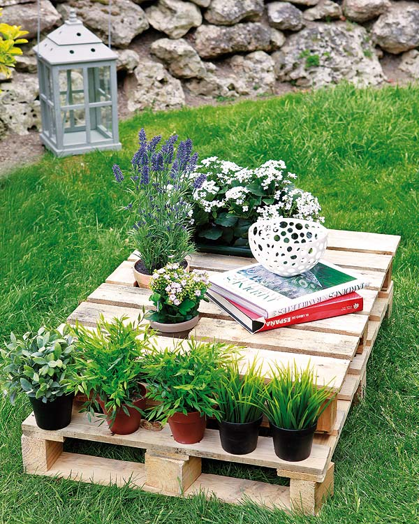 diy wood pallet outdoor furniture projects plant stand side table