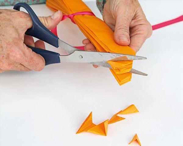 how to make paper pompoms garden decor