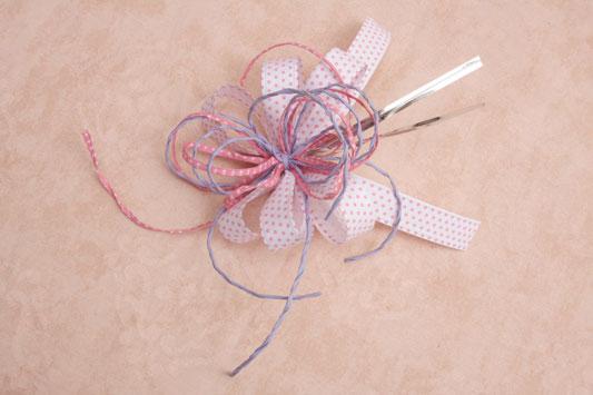 make candy flower arrangement diy big ribbon