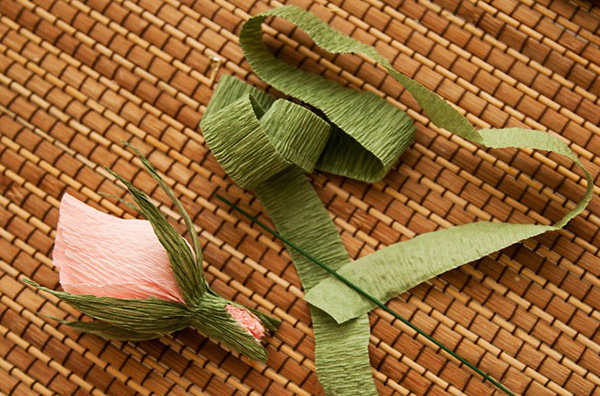 rosebuds chocolate bouquet stick crepe paper