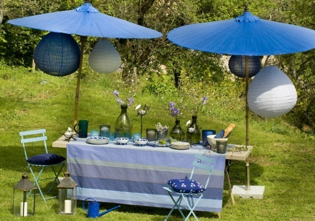 summer-decorating-ideas-garden-party-blue-theme