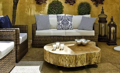 summer-decorating-ideas-patio-terrace-wooden-log-coffee-table-rattan-outdoor-furniture
