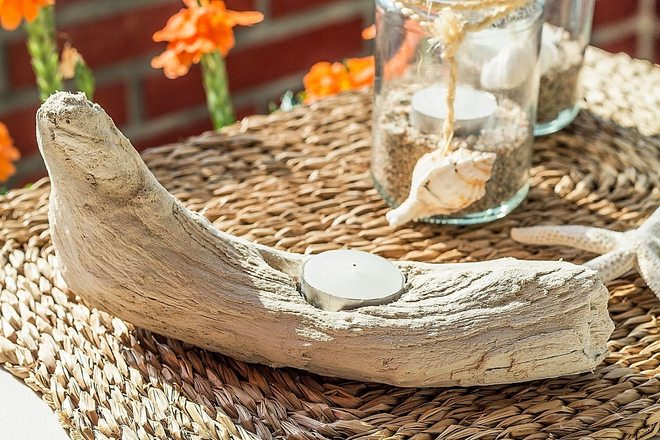 diy-driftwood-decor-branch-teacandle-holder