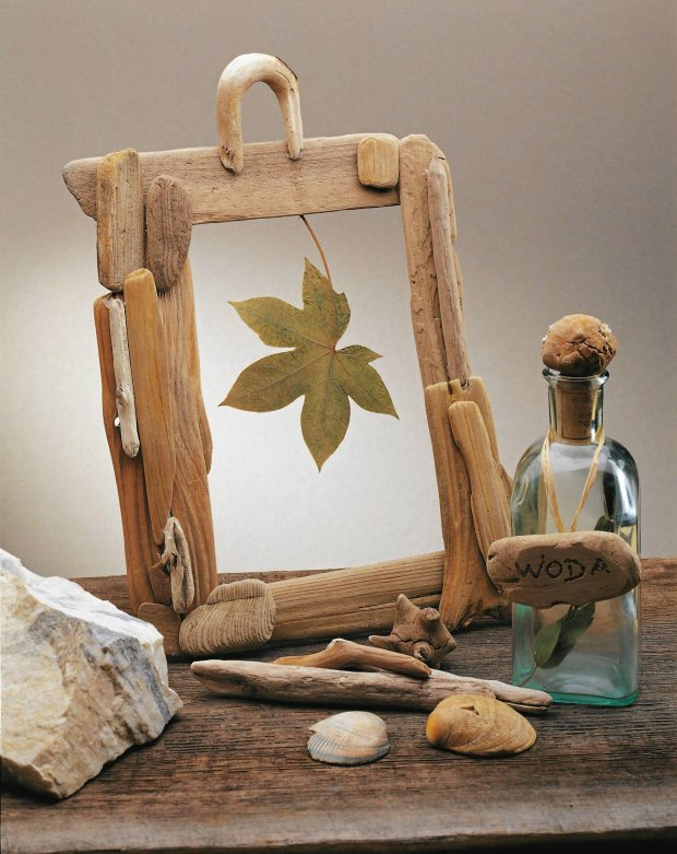 diy-driftwood-decor-picture-frame