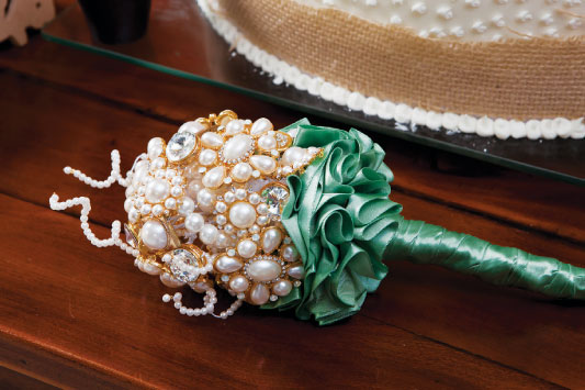 diy vintage brooch wedding bouquet green satin ribbon