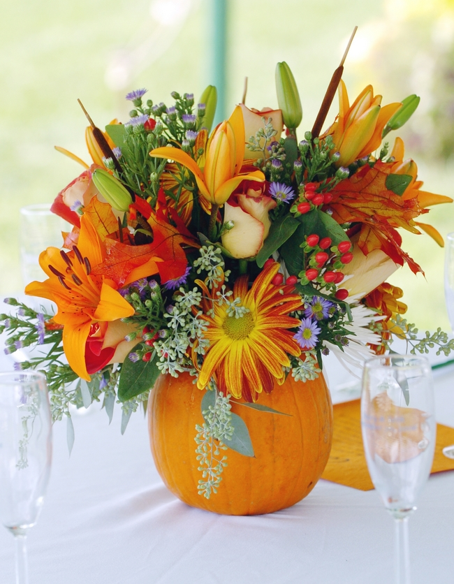 Easy pumpkin centerpieces and fall decorating ideas