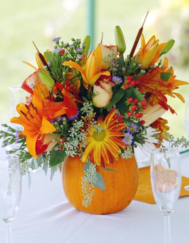 Easy pumpkin centerpieces and fall decorating ideas easy pumpkin centerpieces flower arrangement pumpkin vase junglespirit Choice Image