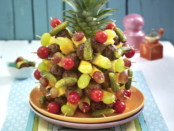 fun appetizers party recipes meatballs fruits skewer
