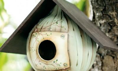 gourd-birdhouse-garden-idea-painting