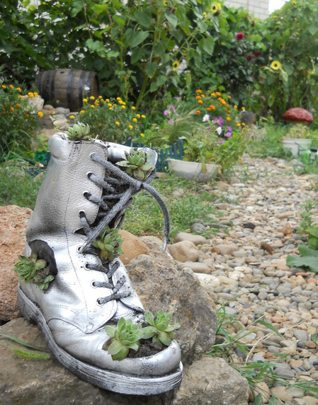 old shoe soil garden planter