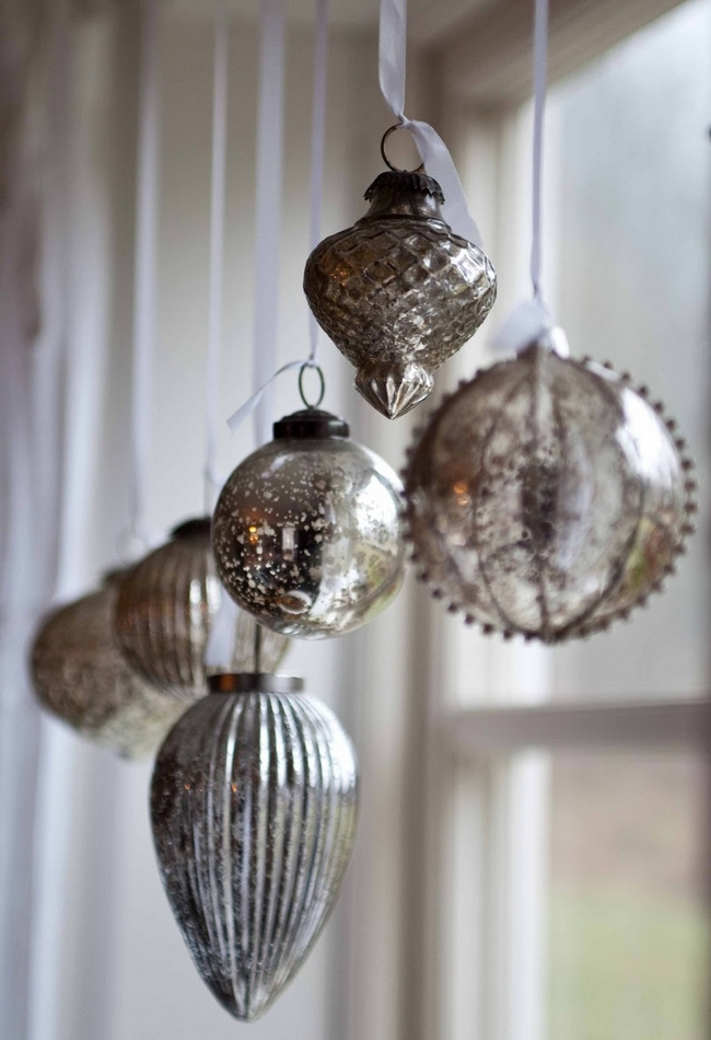 christmas-window-decoration-silver-christmas-tree-ornaments